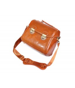Retro DSLR Leather Shoulder Bag with Detatchable Strap - Light Brown